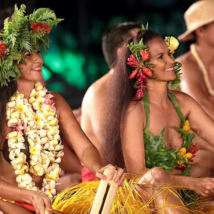 TAHITI TOURS
